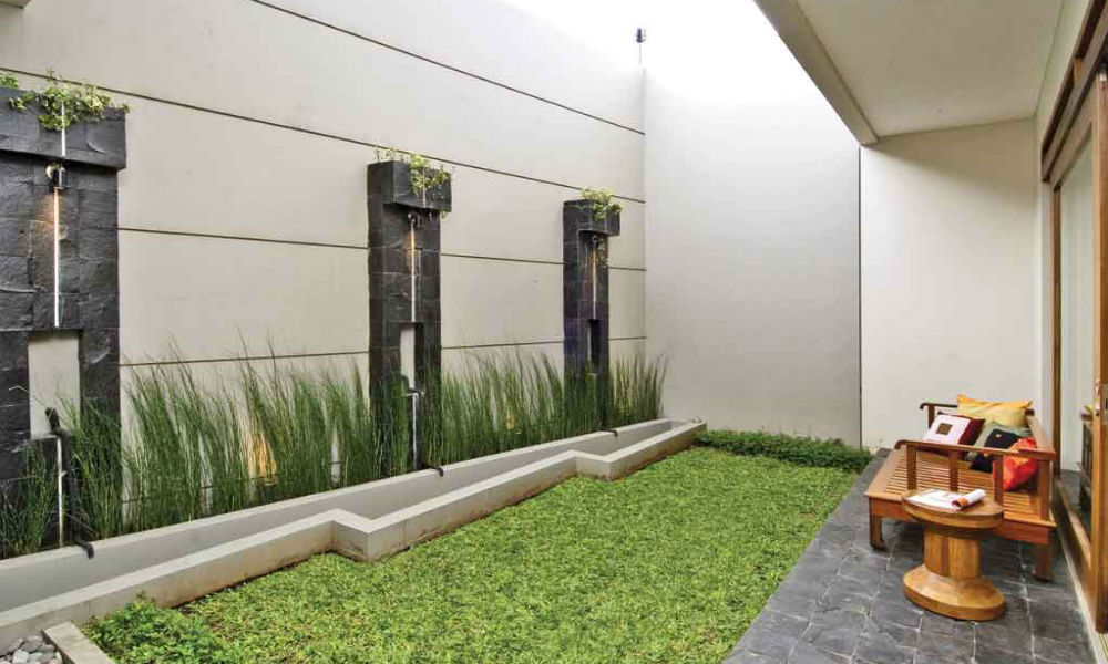 halaman belakang rumah minimalis